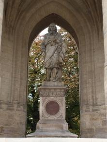 Blaise Pascal statue in Paris
